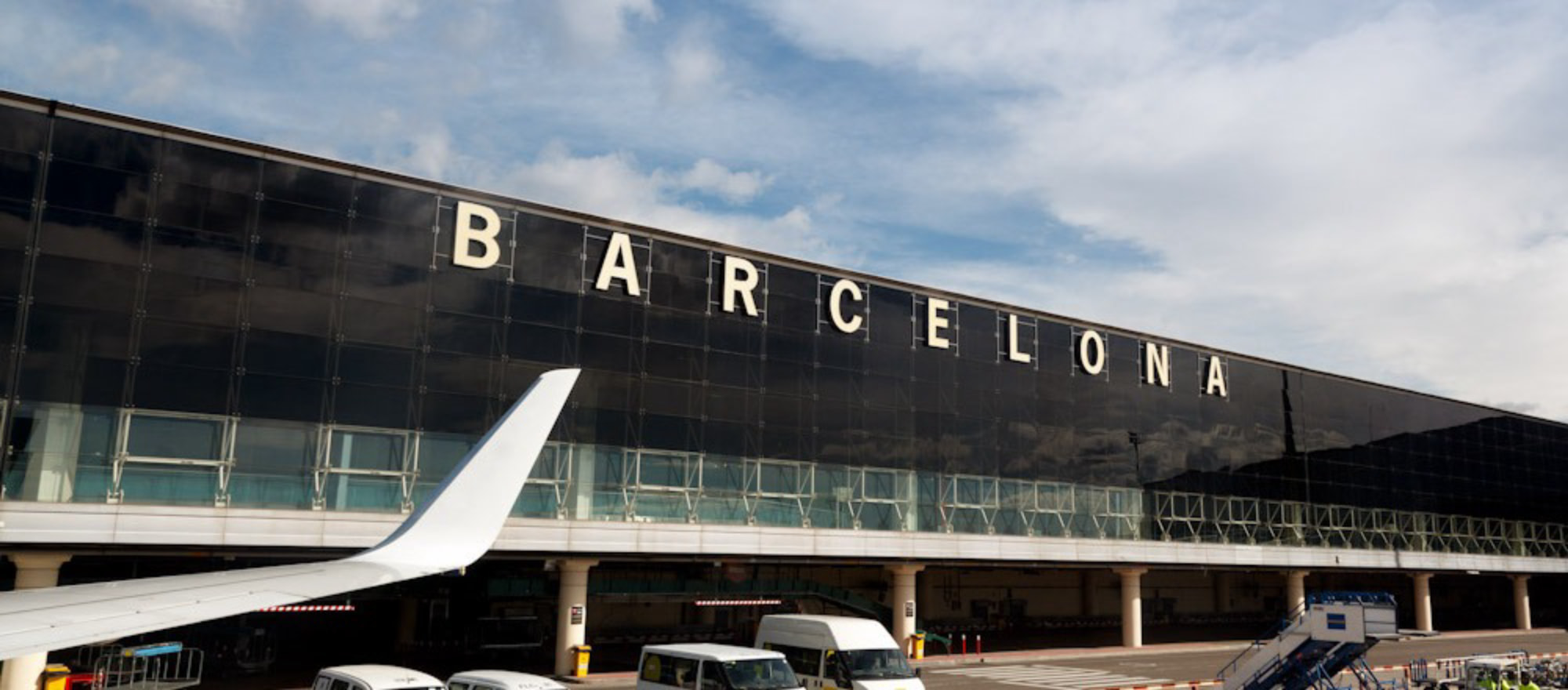 Spain. Getting to Barcelona - El Prat Airport