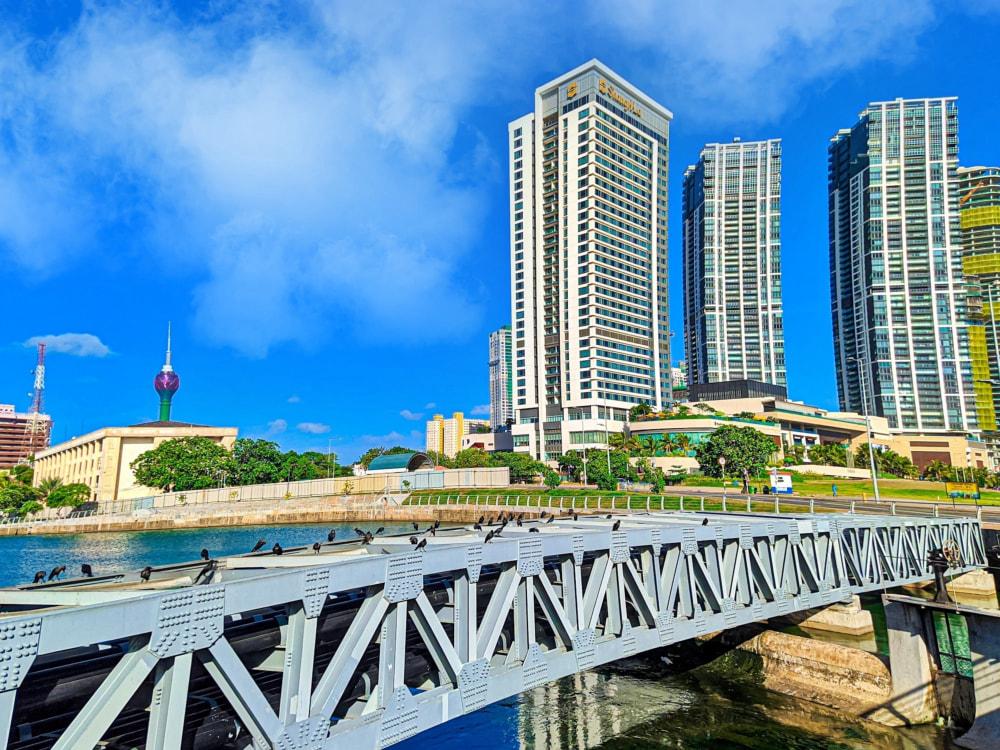 Colombo Bandaranaike International Airport Transfers